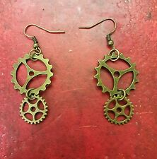 A Pair of hanging cog Earrings, Gears Kitsch, Retro, Vintage, steampunk, goth