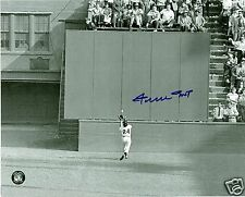 """Willie Mays Autographed 8x10 B/W Photo 1954 World Series """"The Catch"""" Sey Hey COA"""