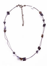 SHORT PLASTIC NECKLACE THREADED WITH GREY SEQUINS & BEADS, ADJUSTS 6CM (ZX47)