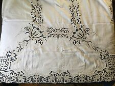 Large vintage Richelieu cutwork embroidered tablecloth