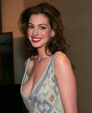 """Anne Hathaway in a 8"""" x 10"""" Glossy Photo 12"""