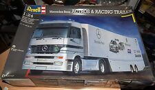 Revell Mercedes-Benz Actros Semi & Racing Trailer 1:24 Model Kit 07572 NEW!