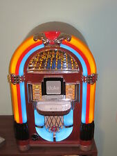 Crosley iJuke CR1701A Mini 1015 Jukebox docking station MP3 or iPod