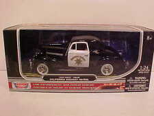 1939 Chevy Coupe Highway Patrol Die-cast Car 1:24 Motormax 8 inch Police