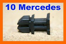 Mercedes Benz boot trunk trim push rivet fastener clip