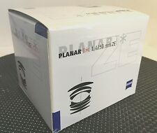 New Carl ZEISS PLANAR T * 50mm f/1.4 ZE Canon EF Manual Focus Lens Cosina Japan