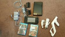 Black Nintendo Wii U 32GB System Bundle with 2 Games - FAST SHIPPING