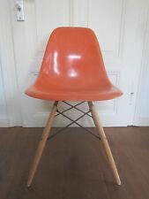 60er/70er Jahre Eames DSW side chair Fiberglas-Schale Vitra/Herman Miller Stuhl