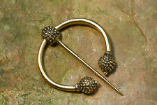 Fibel  Kelten Distelfibel Ringfibel Bronze  Mittelalter Kelten Schotten Distel
