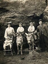 VINTAGE PHOTOGRAPHY FAMILY PORTRAIT B&W DONKEY SCARBOROUGH POSTER PRINT LV4935