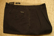 Eddie Bauer Relaxed Fit Wrinkle Resistant Pants 40 x 32 Navy Blue Pleated Front