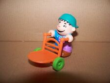 PEANUTS LINUS WITH MILK MOVER 1989 MCDONALD'S FARM TOY FIGURE