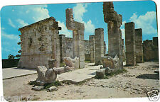 Mexique - Yucatan - Chichen Itza -The Chac-Mool in front of the Warrior's temple