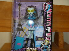 2012 Monster High Dolls   Frankie Stein    Daughter  od  Frankenstein !!!
