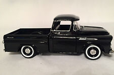 Motormax 1958 Chevy Apache Fleetside Pickup Truck Black 1/24 Scale Diecast