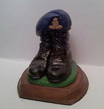 ROYAL ARTILLERY BERET & BOOTS ORNAMENTAL TRIBUTE