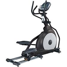 MINT FITNESS SOLE E25 FRONT DRIVE ELLIPTICAL TRAINER MACHINE. USED ONLY 15 HOURS