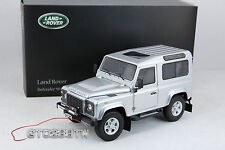 Kyosho 1:18 Land Rover Defender 90 SWB Station Wagon (Indus Silver) Range Rover