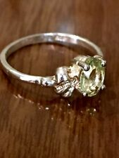 Vintage Art Deco 925 sterling silver peridot ring W Ruffled Setting size 6, 1.5g