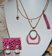 2 PC BETSEY JOHNSON PINK CRYSTAL HANDBAG NECKLACE &  CRYS & HANDBAG EARRINGS