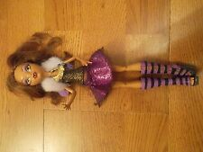 MUÑECA MONSTER HIGH CLAWDEEN WOLF MODA