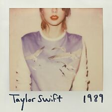 TAYLOR SWIFT -- 1989  CD    WITH PACK OF  PHOTOS    NEW & SEALED