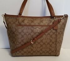 NWT COACH PEYTON SIGNATURE POCKET TOTE F33998  In Khaki/Saddle   Retail $395