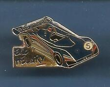 Pin's pin PEUGEOT 905 SPIDER - PILOTE ERIC HELARY (ref 005)
