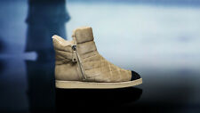 CHANEL Two Tones Beige Black Suede Shearling Quilted Cap Toe Ankle Boots size 39