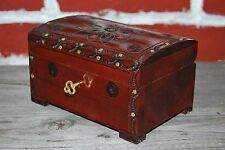 VINTAGE STYLE WOODEN JEWELLERY CHEST 15 CM LONG LOCK AND KEY IN BROWN COLOR