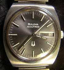 Nice Men's Bulova Accutron Dark Face Day Date Tuning Fork Watch Needs Work 2193