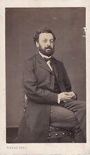 Photo cdv :Pierre Petit , Homme assis dans un fauteuil regard en face ,vers 1865