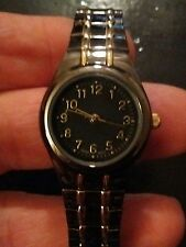 Vintage ladies wrist watch, running with new battery  NR