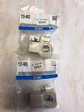 Qty 2 - SMC Y21-N02 T-PORT ADAPTOR 1/4  NPT - USA Seller