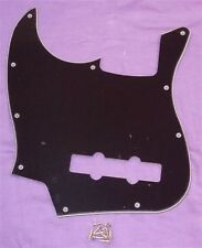 LEFT HAND SCRATCHPLATE FOR FENDER JAZZ BASS/BLACK 3 PLY