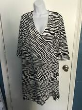 Chico's Soft black WHITE striped textured wrap front dress 3/4 sleeve size 2