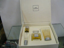 VERY VALENTINO set regalo  Toilette 50spray+Brillantini50ml+smalto+lucidolabbra
