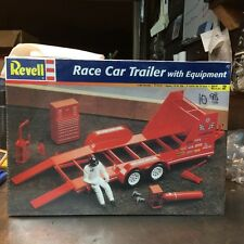 """*LQQK* Revell """"RACE CAR TRAILER WITH EQUIPMENT Kit""""   SEALED   CHECKITOUT"""