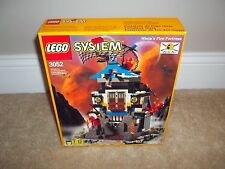 Lego Classic Ninja Set 3052 Fire Fortress NEW in Box NISB Rare Vintage 1999