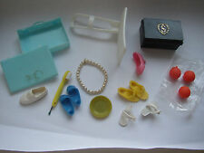 VINTAGE PEDIGREE  SINDY DOLL SHOES AND ACCESSORIES IN EXCELLENT CONDITION