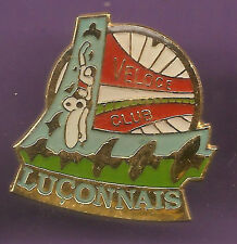 Pin's pin VELO CYCLISME VELOCE CLUB DE LUCON ( ref CL14 )
