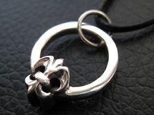 Fleur de Lis im Ring 925'er Silber Ketten Anhänger + Echtlederband    / KA 411
