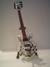Miniature Guitar (24cm Tall) : THE CURE PORL THOMPSON SCHECTER
