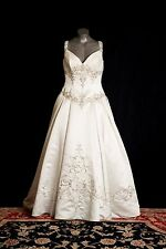 Victoria Carriage Wedding Gown