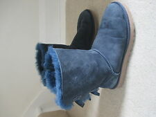 UGG LADIES NAVY BLUE BOOTS WITH BOW DETAIL SIZE 5 1/2