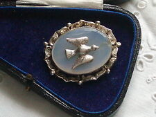 LARGE ANTIQUE VICTORIAN SILVER & CHALCEDONY DOVE BIRD SWEETHEART BROOCH
