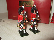 Britains 48007, x2 Escort to Colours Queens own Cameron Highlanders (79th Foot)