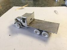 ULRICH HO SCALE 1/87 GMC DUCE 1/2 10 WHEEL FLATBED ALL METAL HIGHLY DETAILED
