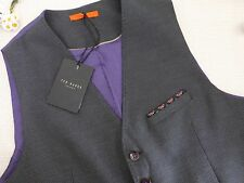BNWT Ted Baker Charcoal Grey Realwai Textured Pattern Waistcoat size 3 M
