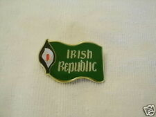IRISH REPUBLICAN EASTER LILY/FLAG 1916~2016 DUBLIN BADGE PIN NEW RELEASE